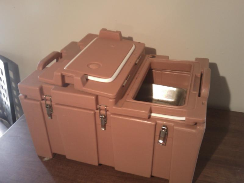Cambro, Food Server, Catering, Rentals, Parties, Open Serving End